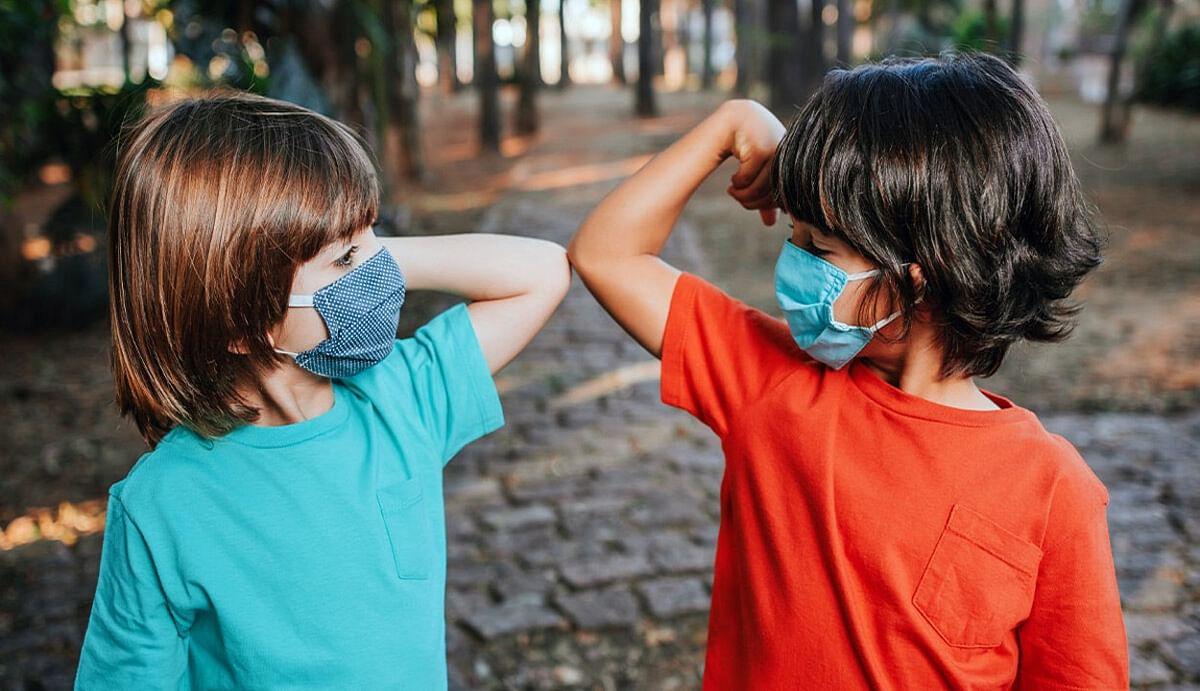 अपने नन्हें-मुन्नों को कोरोना से बचाने के लिए अपनाएं ये तरीके, वायरस के खिलाफ लड़ने में हमेशा बने रहेंगे 'सुरक्षा कवच'