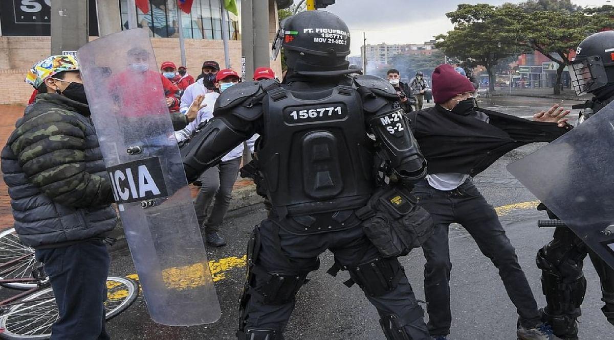 कोलंबिया में सरकार के खिलाफ तेज हो रहा है विरोध प्रदर्शन अबतक 42 की मौत, 168 लापता