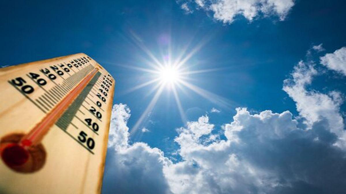 Jharkhand Weather News : झारखंड में बढ़ेगी गर्मी, 41 डिग्री तक पहुंचेगा पारा, कुछ जिलों में होगी हल्की बारिश, जानें 22 मई तक मौसम का हाल