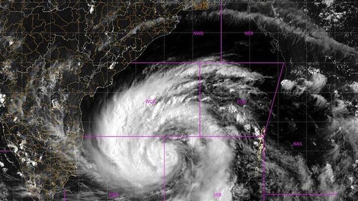 ताऊते और अम्फान से खतरनाक चक्रवात यास, 160 किमी प्रति घंटे से भी ज्यादा तेज चलेंगी हवाएं, भारी बारिश का अनुमान
