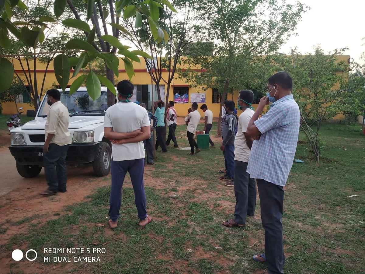 Jharkhand Crime News : झारखंड के गिरिडीह में जमीन विवाद में अधेड़ को पीट-पीट कर मार डाला, बेटे ने की कार्रवाई की मांग