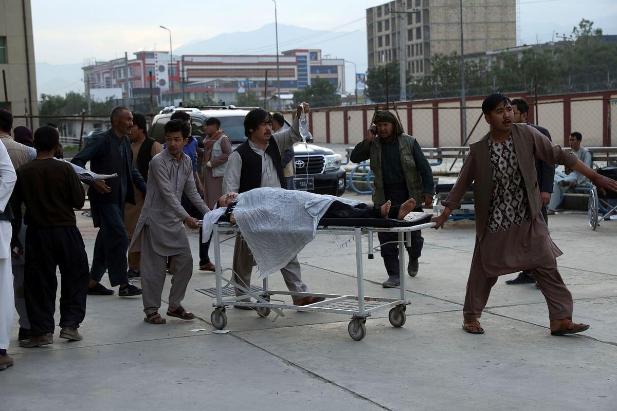 Afghanistan Blast : आखिर किसने मारा इन स्कूली बच्चियों को? काबुल बम धमाके में 50 की मौत
