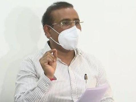 वैक्सीन की कमी के कारण 4 लाख लोग नहीं ले पाए दूसरा डोज, महाराष्ट्र में दवाओं की भी किल्लत, स्वास्थ्य मंत्री ने केंद्र से मांगी मदद