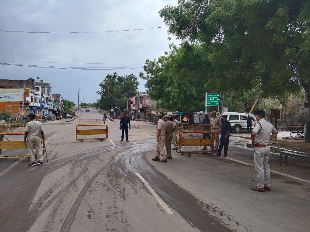 Rajasthan News: जयपुर में एम्बुलेंस के भीतर गर्भवती महिला से दुष्कर्म, Twitter पर गहलोत सरकार के खिलाफ BJP ने खोला मोर्चा