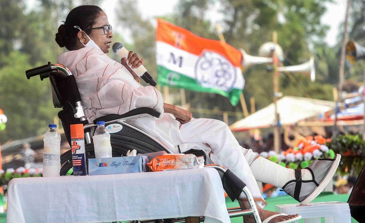 ममता बनर्जी : वो सैनिक जिसने 'टूटे पैर' से भाजपा की युद्ध मशीन को बुरी तरह से पराजित किया