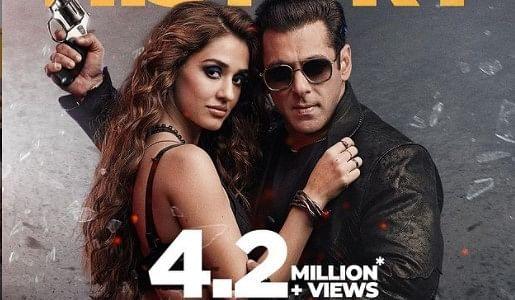 Radhe Box Office Collection: सलमान खान की फिल्म 'राधे' की विदेश में धूम, जानें पहले दिन की कमाई