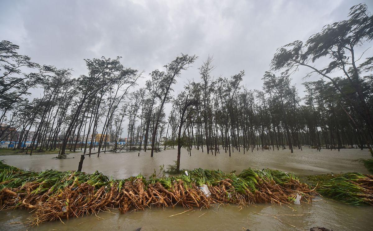 Cyclone Yaas 2021: दीघा सहित पूर्वी मेदिनीपुर के अधिकांश इलाकों में चारों ओर दिख रहा था पानी ही पानी