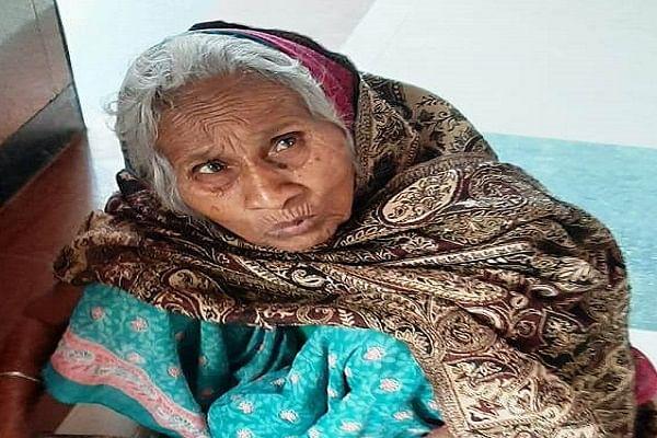 पति की मौत के बाद बेटा-बहू ने प्रताड़ित कर ठुकराया, रेल पुलिस ने दिया मां का दर्जा, करते हैं सेवा