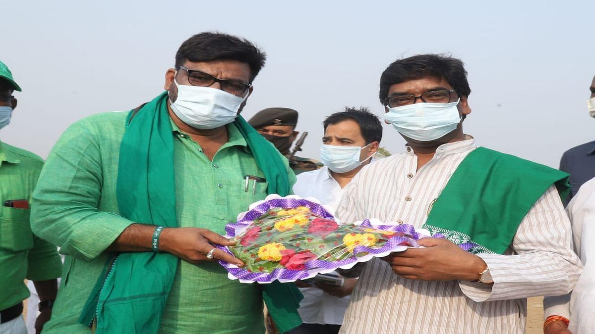 Madhupur By Election 2021 : कमल पर भारी पड़ा झामुमो का तीर कमान, हफीजुल ने गंगा नरायण को हराया, ये तीन राउंड साबित हुआ निर्णायक