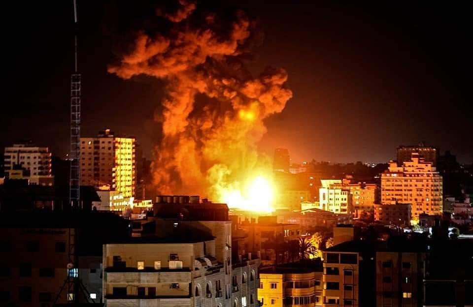 Israel Palestine Conflict: गाजा से 38 हजार से अधिक फ्लिस्तीनी हुए विस्थापित, अब लेबनान पर इजरायल ने बरसाये बम