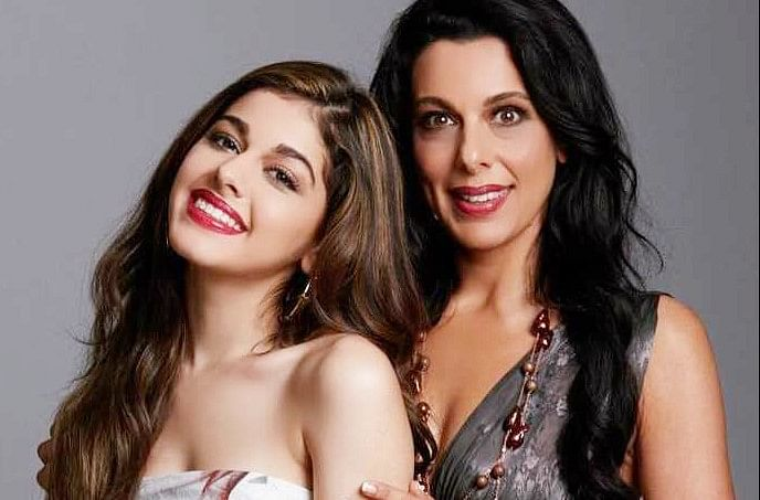 पूजा बेदी ने बेटी अलाया के अफेयर पर खुलकर की बात, बोलीं मेरे टाइम में बॉयफ्रेंड फ्री होना जरूरी था...