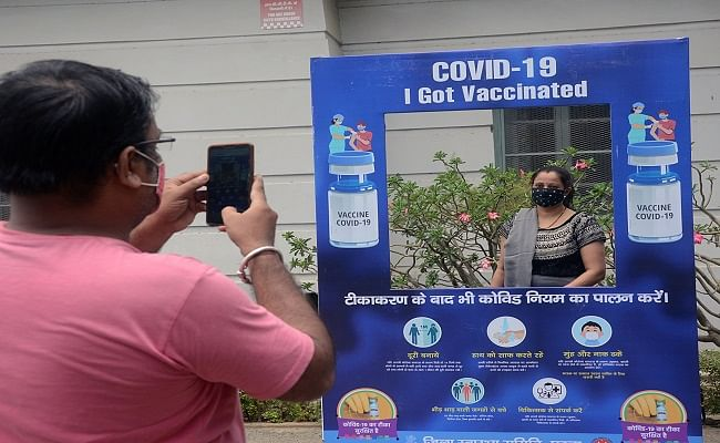 सुस्त रफ्तार के बावजूद पटना रहा अव्वल, 20 लाख से अधिक टीका लेने वाला पहला जिला बना