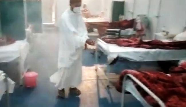 पतंजलि अस्पताल में कोरोना संक्रमितों का आयुर्वेदिक धुएं, कोरोनिल आदि से हो रहा इलाज, सोशल मीडिया पर वीडियो देख उलझन में लोग