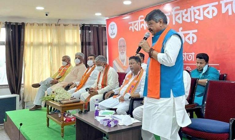 शीतलकुची के मुद्दे पर बंगाल में सियासी बवाल, BJP के सभी 77 विधायकों को केंद्रीय सुरक्षा देने के निर्देश