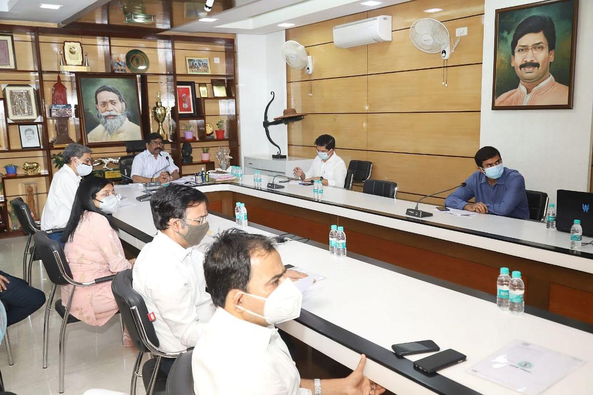 झारखंड में Mini Lockdown बढ़ेगा  एक हफ्ते के लिए ! कोरोना के हालात पर मंथन के दौरान मंत्रियों ने CM हेमंत सोरेन को और क्या दिए सुझाव