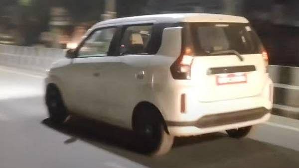 Toyota Wagon R Rear look