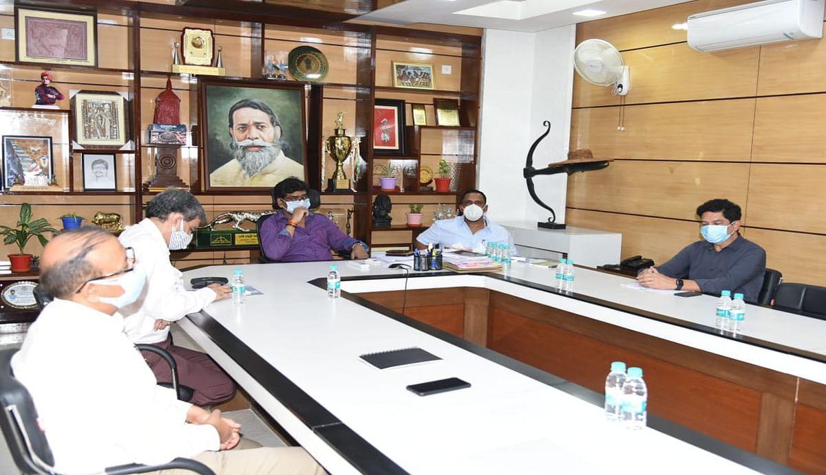 Jharkhand Lockdown : झारखंड में 3 जून तक बढ़ा मिनी लॉकडाउन, अब 2 बजे तक ही खुले रहेंगे सचिवालय, पूर्व की तरह जारी रहेगी पाबंदी