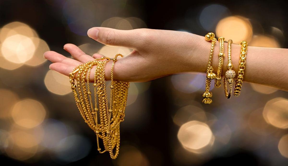 Gold Rate Today : अक्षय तृतीया से पहले सोना-चांदी फिर से हो गए महंगे, जानिए आज किस भाव बिका सोना