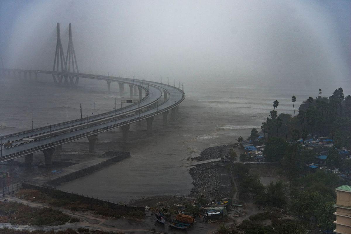 Weather Live Update: 'ताऊ ते' के बाद भारत में मंडरा रहा एक और तूफान का खतरा, बंगाल की खाड़ी में हो सकती है जोर-दार बारिश