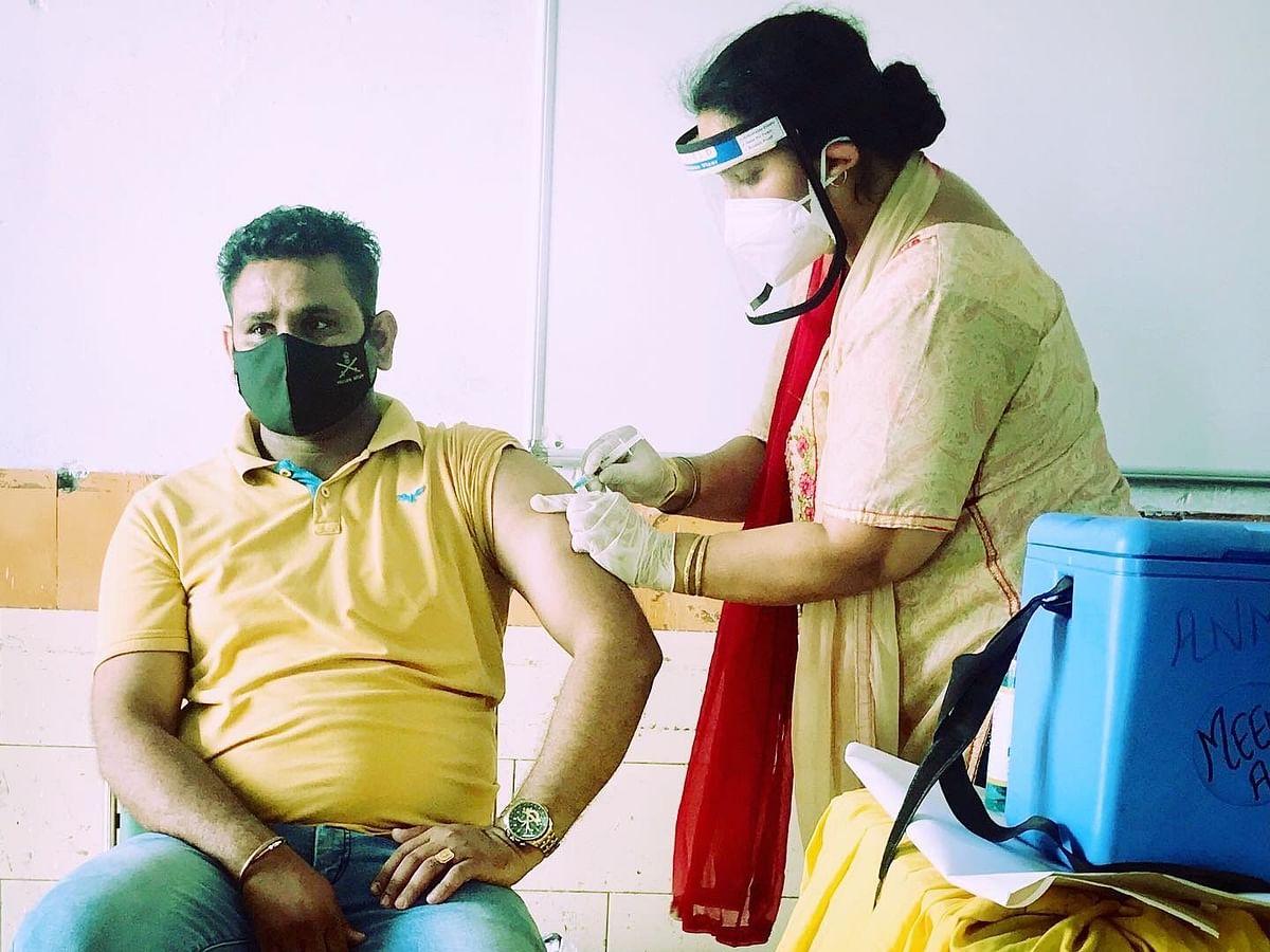Vaccination in Bihar : बिहार में वैक्सीन की किल्लत, पटना में 18-44 का टीकाकरण आज से बंद