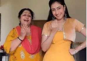 धनाश्री वर्मा ने अपनी मां के साथ ऐश्वर्या राय के गाने पर किया जबरदस्त डांस, सोशल मीडिया पर Video वायरल