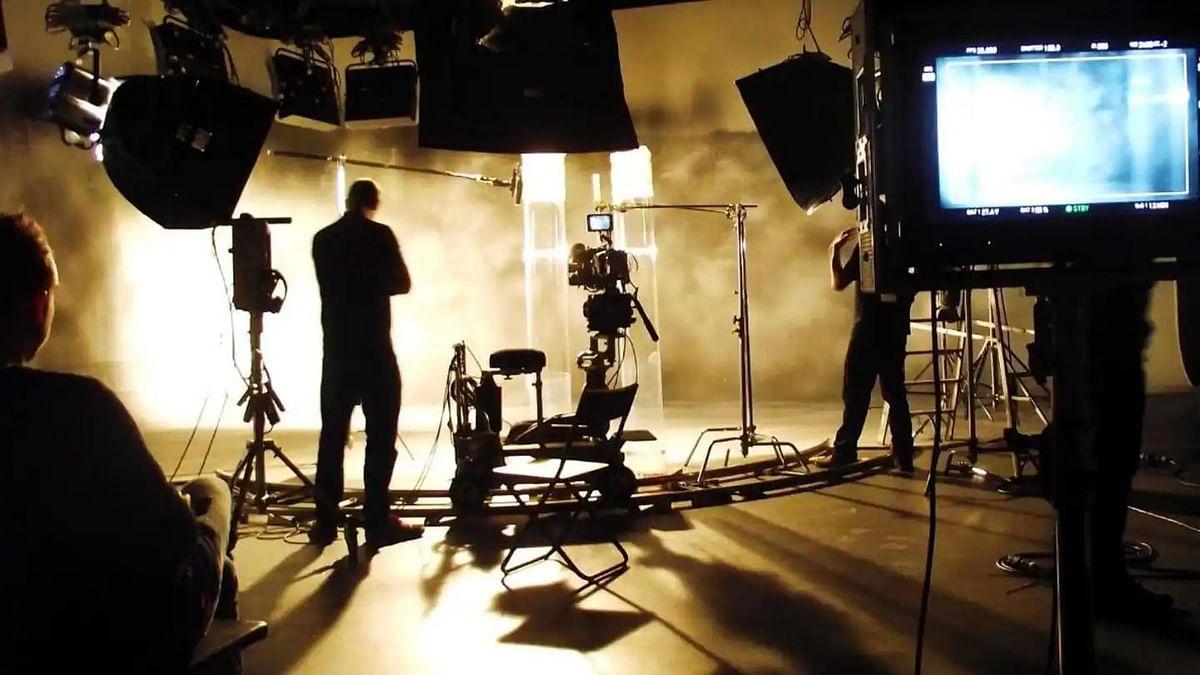 बंगाल में टीवी धारावाहिक, वेब सीरीज, फिल्मों की शूटिंग पर लगी रोक