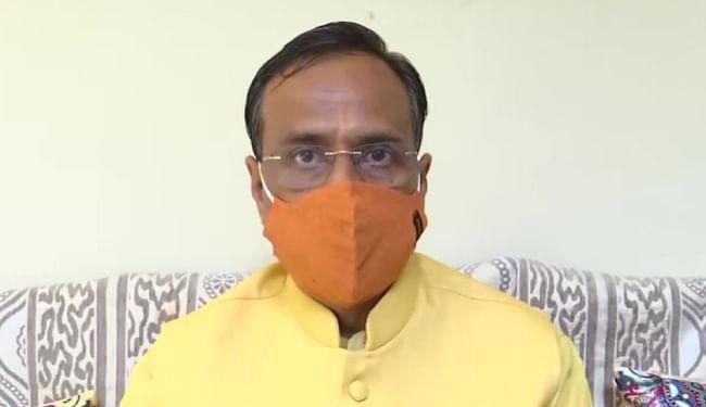 यूपी की 12वीं की परीक्षा पर अंतिम फैसला मई माह के अंत तक : उपमुख्यमंत्री दिनेश शर्मा