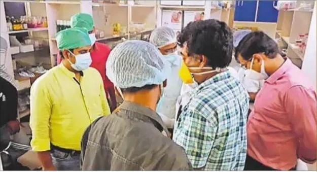 मरीज की पत्नी से छेड़खानी का आरोपी वार्ड ब्वॉय ज्योति हुआ गिरफ्तार, भागलपुर के ग्लोकल अस्पताल पर भी कार्रवाई