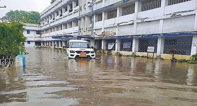 यास तूफान ने हर तरफ बरपाया कहर, कटिहार में हुई आफत की बारिश, 33 साल बाद फिर दिखा भयावह मंजर