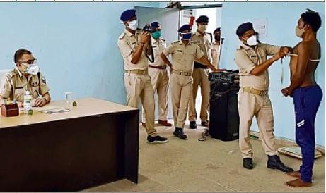 बिहार में ज्वाइन करने पहुंचा फर्जी सिपाही धराया, प्राथमिकी के बाद गया जेल, जानिये पूरा मामला
