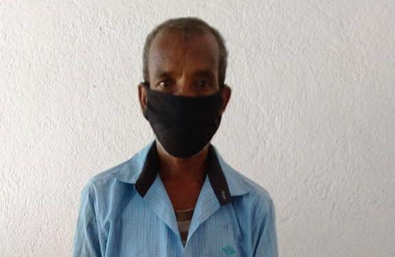 Corona Vaccination In Jharkhand : सर्वे करने गयी सेविका एवं सहिया को कुल्हाड़ी लेकर दौड़ाने का आरोपी राफेल कंडुलना को पुलिस ने भेजा जेल, कोरोना वैक्सीन को लेकर था ये शक