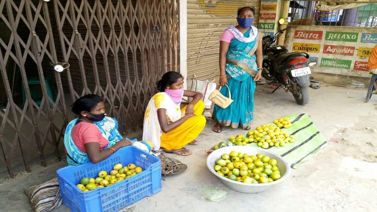 गुमला में आम, जामुन और पुट्टू की खूब डिमांड, इस बार हुई बंपर पैदावार
