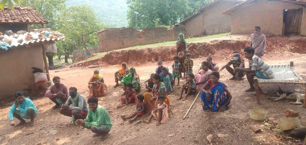 प्रभात खबर इंपैक्ट : संताली बहुल गांव असनापानी की बदलने लगी तस्वीर, पढ़िए सड़क-बिजली विहीन गांव में कैसे बहने लगी बदलाव की बयार