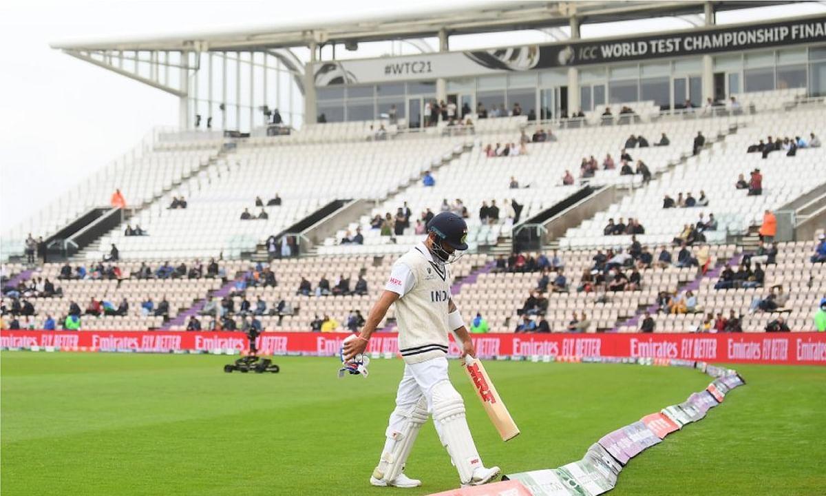 रन मशीन विराट कोहली ने दो साल से टेस्ट में नहीं लगाया शतक, WTC Final हारने के बाद कप्तानी से हटाने की उठी मांग