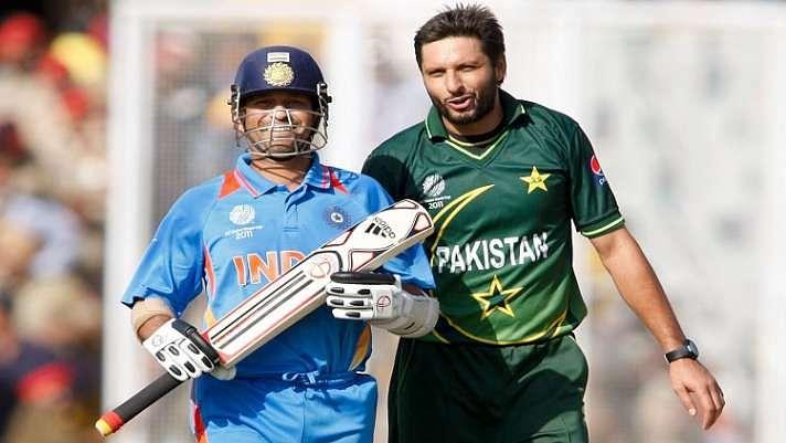 IND vs PAK: जब सचिन के बल्ले से अफरीदी ने मचाया तूफान, लगया वनडे में सबसे तेज शतक