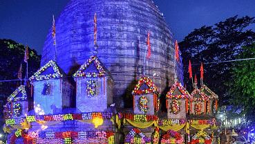 विश्वप्रसिद्ध कामाख्या मंदिर में इस बार नहीं लगेगा 'अंबुबाची मेला' देवी के रजस्वला होने से जुड़ी है मान्यता