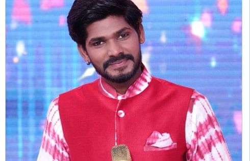 Indian Idol 12 : कौन हैं सवाई भट्ट? जिनके शो से एलिमिनेट होने पर फूटा फैंस का गुस्सा