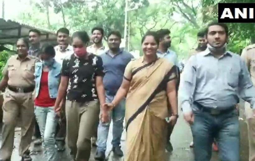 'सावधान इंडिया' और 'क्राइम पेट्रोल' की दो एक्ट्रेसेस को लाखों रुपये की चोरी के मामले में किया गया गिरफ्तार