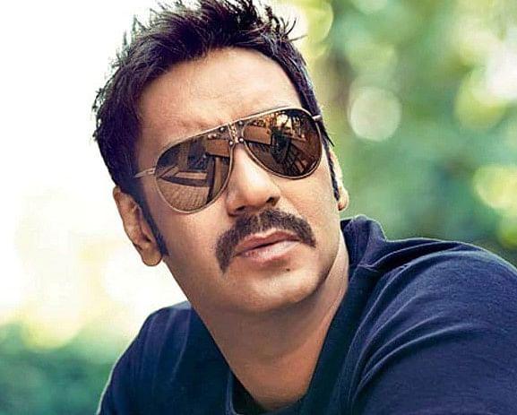 'रूद्र' के लिए अजय देवगन ने वसूली मोटी रकम, KKK 11 से बाहर हुए अभिनव शुक्ला | टॉप 10 न्यूज