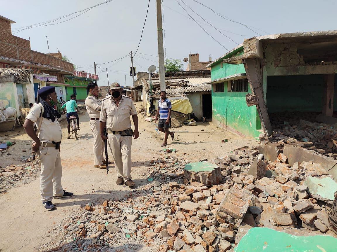 Bihar News: मस्जिद में छुपाकर रखा गया था बम?विस्फोट से दहला बिहार का ये इलाका