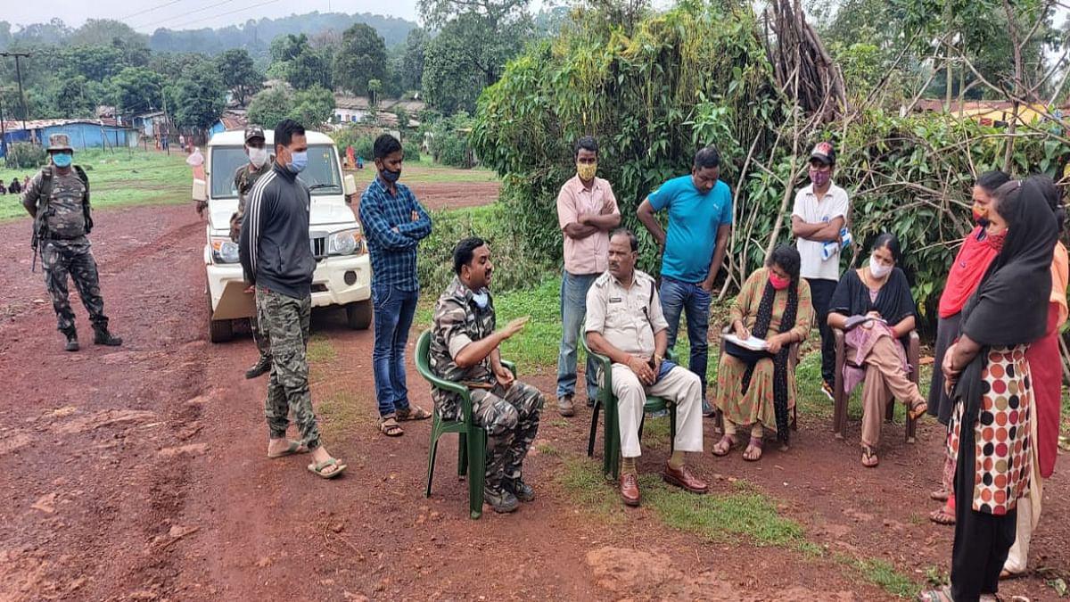 झारखंड- ओड़िशा सीमा विवाद को लेकर घंटों पड़ा रहा महिला का शव, मामला सुलझने पर बोलानी थाने की पुलिस ले गयी अपनी साथ, जानें क्या है पूरा मामला