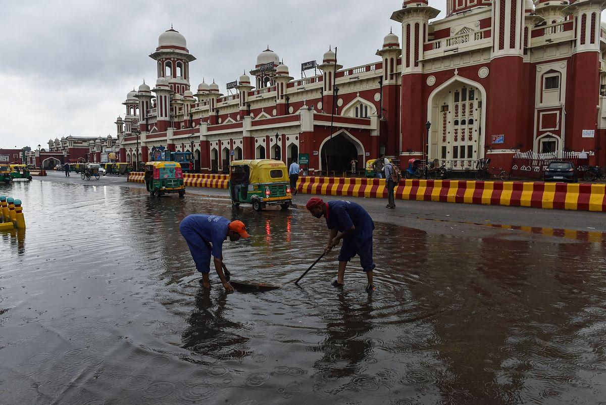 Weather Forecast : मानसून ने पकड़ी स्पीड, पूर्वी और मध्य भारत में जोरदार बारिश, समय से पहले दिल्ली में देगा दस्तक, IMD ने दी जानकारी