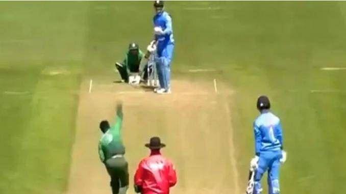 VIDEO: जब गेंदबाज को रोक बांग्लादेश की फील्डिंग सेट करने लगे Dhoni, वर्ल्ड कप के दौरान हुआ था मेजदार वाकया