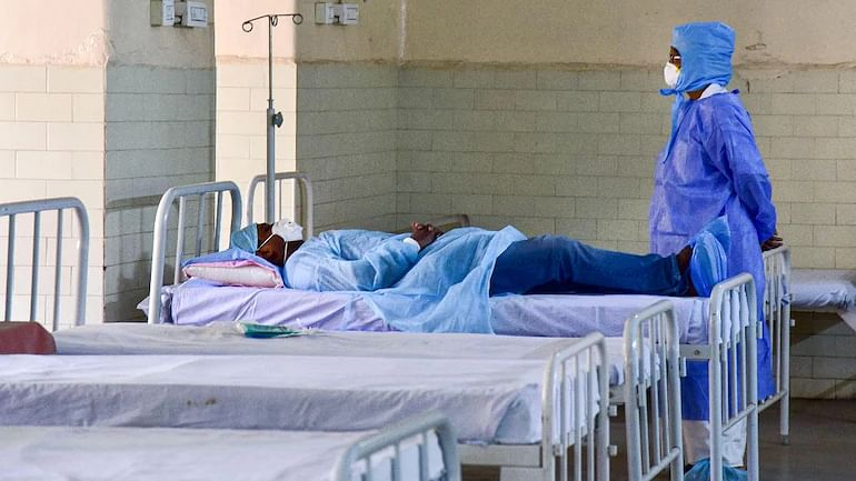 Coronavirus Live Update India: दिल्ली में पिछले 24 घंटे में कोरोना के 305 मामले दर्ज, 560 मरीज हुए डिस्चार्ज
