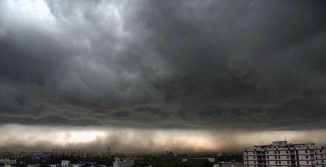 नेपाल की बारिश और मॉनसून की सक्रियता ने बढ़ाया उत्तर बिहार में बाढ़ का खतरा, 4 अगस्त तक मूसलाधार बारिश के आसार