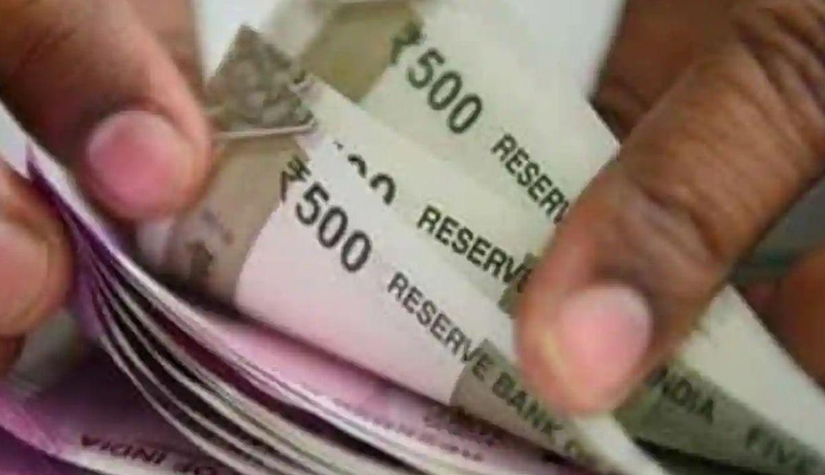SIP Investment : हर महीने 500 रुपये जमा करके भी पा सकते हैं बेहतर रिटर्न, जानिए कैसे होगा फायदा