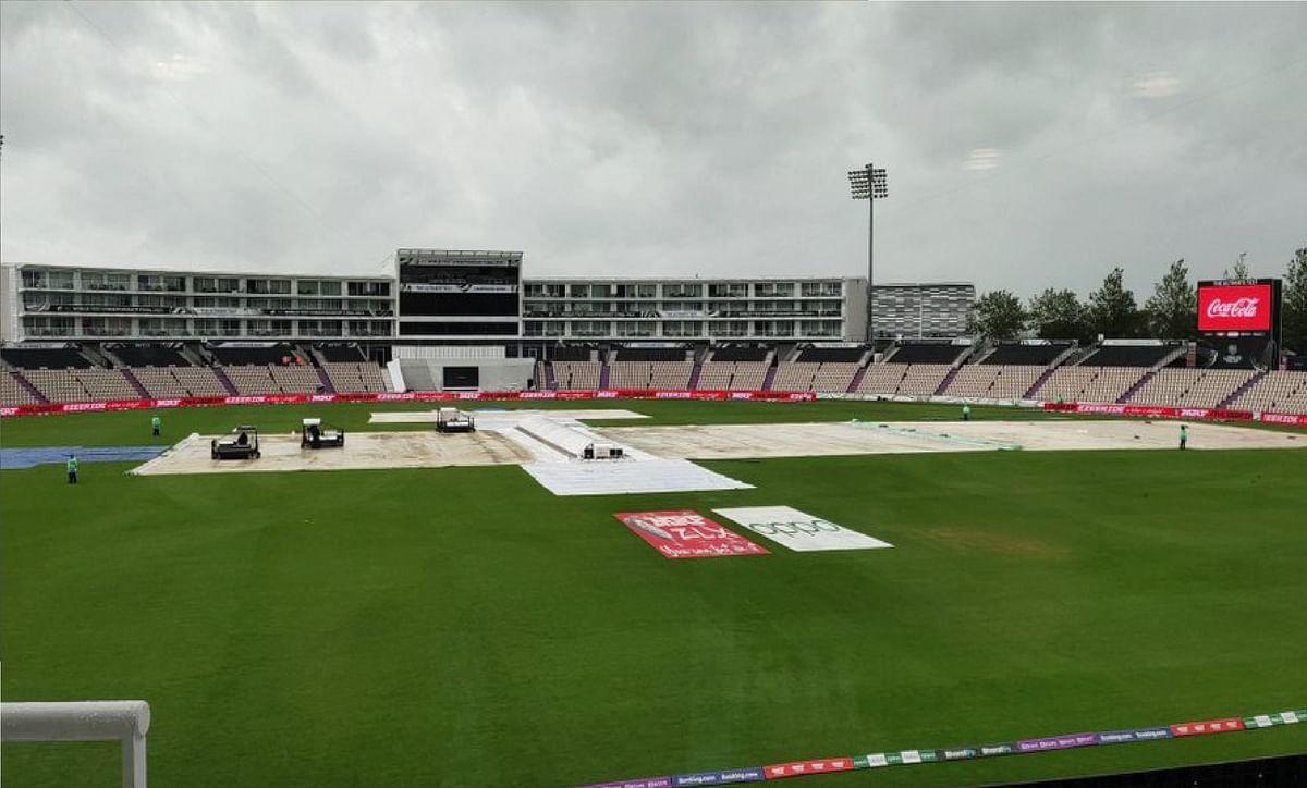 WTC Final में बारिश का 'खेल', फैन्स ने ICC पर निकाला गुस्सा, इंग्लैंड से मेजबानी छीनने की उठी मांग