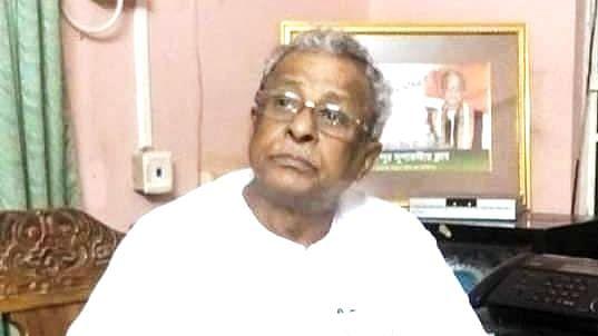 शुभेंदु के पिता शिशिर अधिकारी और सुनील मंडल को अयोग्य ठहराने की टीएमसी की मांग पर स्पीकर बनायेंगे समिति