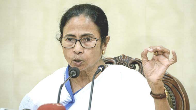 ममता को याद आया शोले का गब्बर, कहा- केंद्र की तानाशाह सरकार के खिलाफ तनकर खड़ी हो राज्य सरकारें
