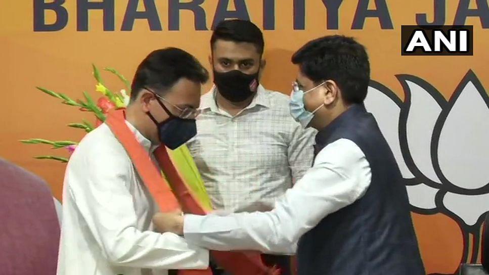 भाजपा में शामिल हुए कांग्रेस के बड़े नेता जितिन प्रसाद, यूपी चुनाव से पहले सोनिया-राहुल को बड़ा झटका